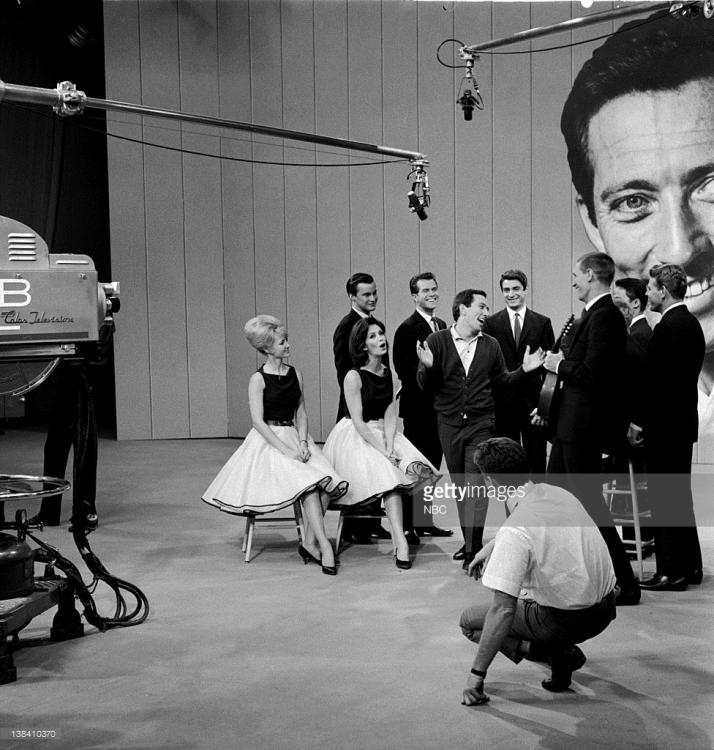 138410370-aired-10-25-62-pictured-host-andy-williams-gettyimages.jpg